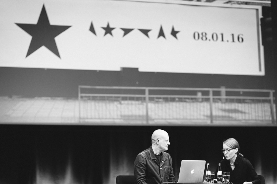 Jonathan Barnbrook in a conversation with Sonja Knecht © Norman Posselt / Monotype